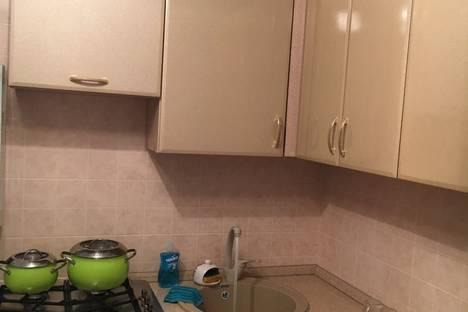 Сдается 2-комнатная квартира посуточново Владикавказе, ул. Ленина, 48.