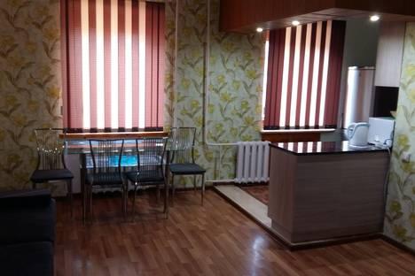 Сдается 3-комнатная квартира посуточно в Астане, Абая,27.