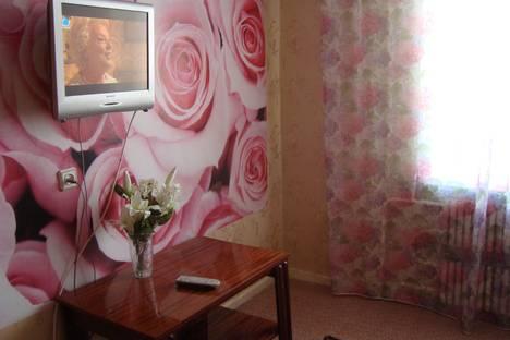 Сдается 1-комнатная квартира посуточно в Октябрьском, ул. Новоселов, 12.