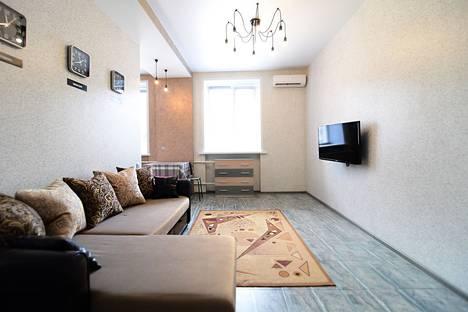 Сдается 2-комнатная квартира посуточно в Воронеже, Плехановская улица, 40.