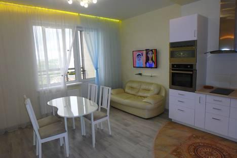 Сдается 3-комнатная квартира посуточно в Новосибирске, улица Семьи Шамшиных 20/77.