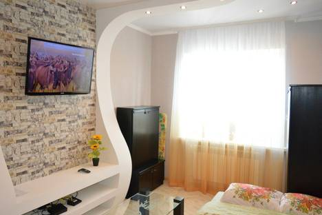Сдается 1-комнатная квартира посуточно в Калуге, Пролетарская улица, 96.