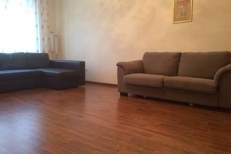 Сдается 2-комнатная квартира посуточнов Казани, Чистопольская улица, 76.