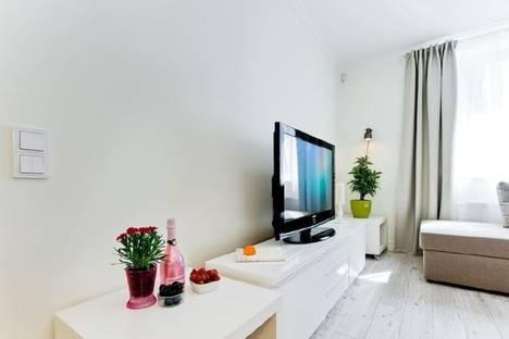 Сдается 2-комнатная квартира посуточнов Казани, улица Большая Красная, 8.