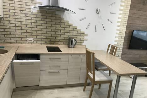 Сдается 2-комнатная квартира посуточно в Ноябрьске, Мира,32.