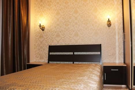 Сдается 2-комнатная квартира посуточно в Мурманске, улица Карла маркса, 16.