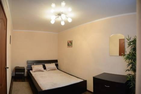 Сдается 2-комнатная квартира посуточно в Мурманске, улица Самойловой, 18.