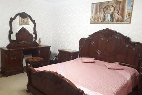 Сдается 3-комнатная квартира посуточно в Тюмени, улица Михаила Сперанского 27.
