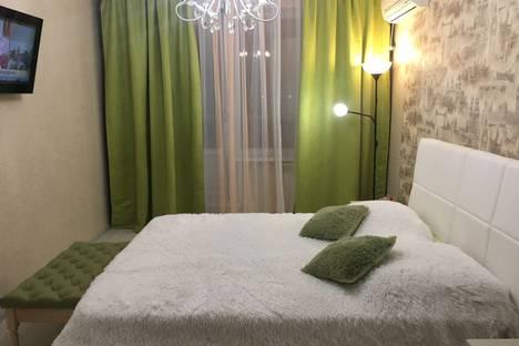Сдается 1-комнатная квартира посуточно в Набережных Челнах, проспект Вахитова, 22.