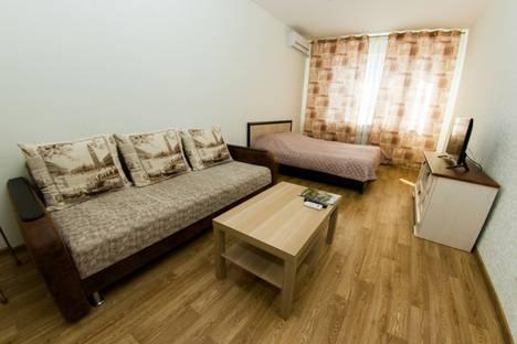 Сдается 1-комнатная квартира посуточно, проспект Ленинский, 124А.