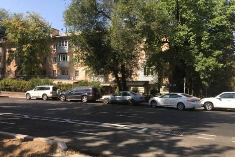 Сдается 2-комнатная квартира посуточнов Алматы, Шевченко 75.