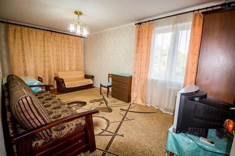 Сдается 1-комнатная квартира посуточно в Алуште, улица Иванова, 5А.