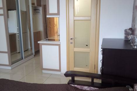 Сдается 1-комнатная квартира посуточно в Гаспре, Ялта,ул. Маратовская 56б.