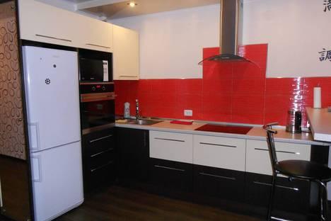 Сдается 1-комнатная квартира посуточно в Барнауле, улица Взлетная, 36.