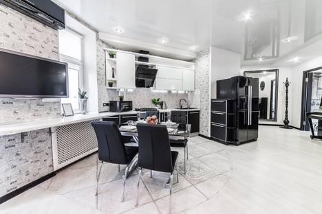 Сдается 3-комнатная квартира посуточно в Минске, улица Мясникова, 78.