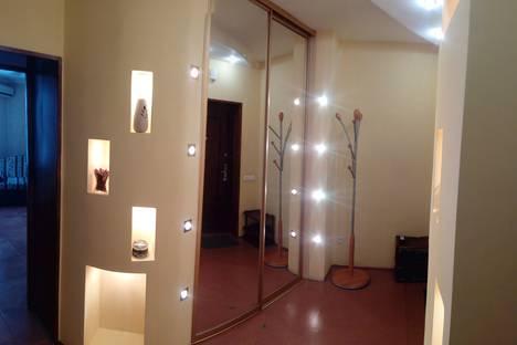 Сдается 1-комнатная квартира посуточно в Тюмени, улица Малыгина, 4.