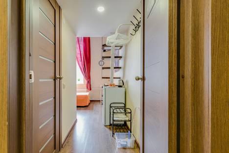 Сдается 1-комнатная квартира посуточно в Санкт-Петербурге, СПБ, Саперный переулок 16/36.