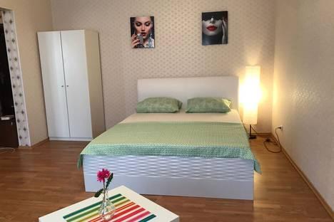 Сдается 1-комнатная квартира посуточно в Стерлитамаке, улица Артема, 120.