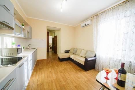 Сдается 1-комнатная квартира посуточнов Саратове, улица Пугачева Е. И 81/85.