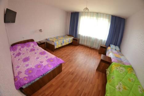 Сдается 2-комнатная квартира посуточнов Дивногорске, Михаила Годенко, 1.