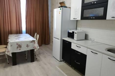 Сдается 2-комнатная квартира посуточно в Астане, Кабанбай Батыра 58А.