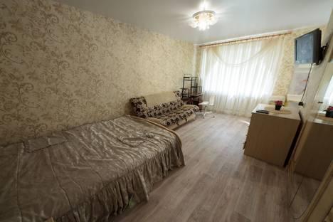 Сдается 1-комнатная квартира посуточнов Дзержинске, улица Коминтерна д.176.