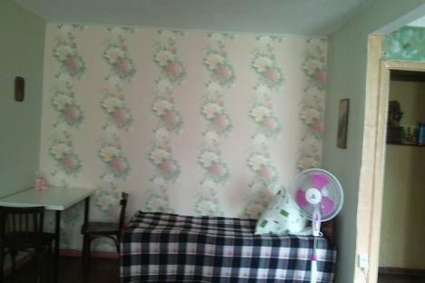 Сдается 2-комнатная квартира посуточнов Пицунде, Агрба д 9/2.