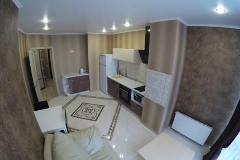 Сдается 1-комнатная квартира посуточнов Омске, улица Куйбышева, 113 а.