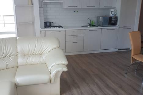 Сдается 3-комнатная квартира посуточнов Форосе, Красных Партизан, 14б.