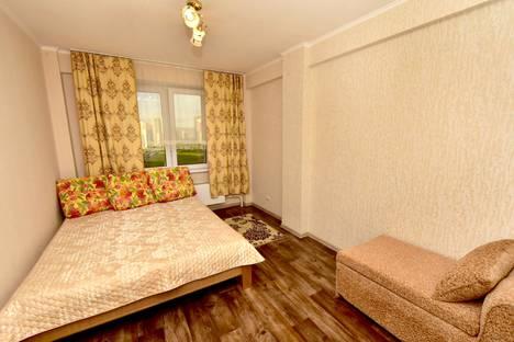 Сдается 2-комнатная квартира посуточно в Красноярске, Караульная 40.