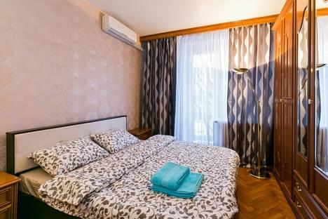 Сдается 3-комнатная квартира посуточнов Зеленограде, Черняховского 3.