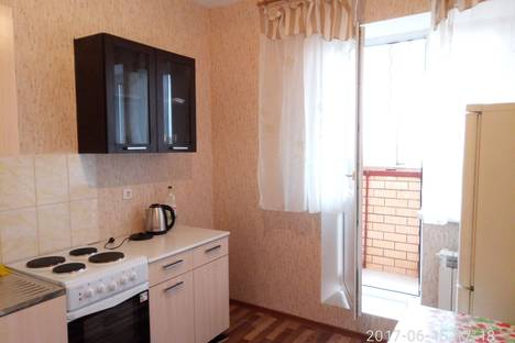 Сдается 1-комнатная квартира посуточно в Люберцах, ул. Кирова, д9/4.