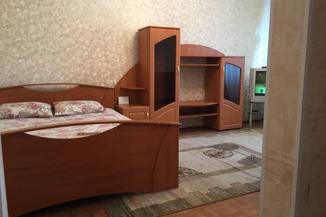 Сдается 1-комнатная квартира посуточнов Тюмени, Николая Гондатти 2.