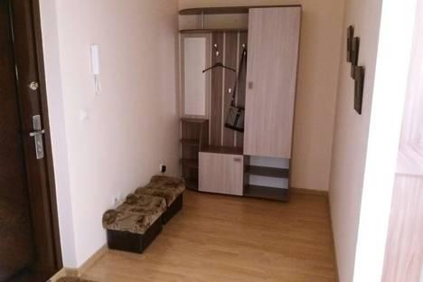 Сдается 1-комнатная квартира посуточнов Тюмени, Николая Зелинского 19.