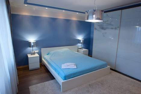 Сдается 2-комнатная квартира посуточно в Красноярске, Академика Киренского, 67.