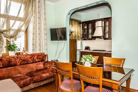 Сдается 2-комнатная квартира посуточно в Москве, Большая Дорогомиловская улица, 9.