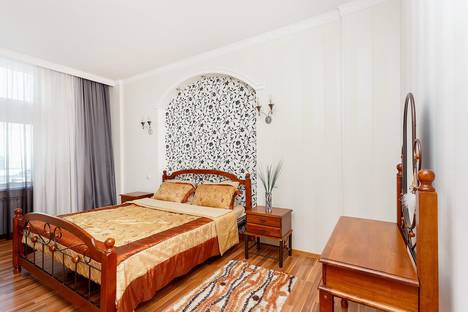 Сдается 1-комнатная квартира посуточно в Астане, улица Кунаева 12/2.