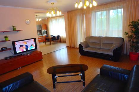 Сдается 3-комнатная квартира посуточно в Новосибирске, Ядринцевская,18.