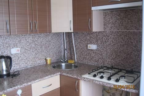 Сдается 2-комнатная квартира посуточно в Великом Новгороде, Псковская улица, 16 корпус 2.