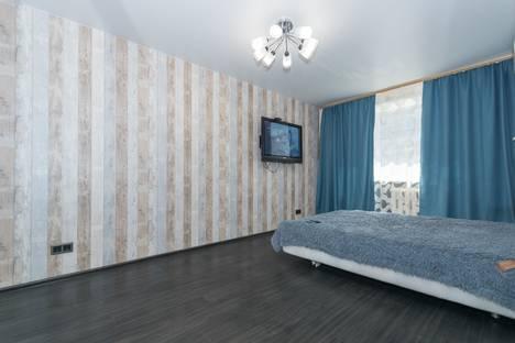Сдается 1-комнатная квартира посуточно в Новосибирске, Комсомольский проспект, 8.