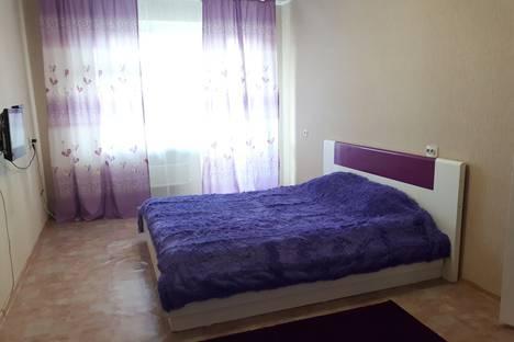 Сдается 1-комнатная квартира посуточно в Томске, ул. Ивана Черных, 34.