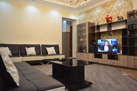 Сдается 5-комнатная квартира посуточно в Тбилиси, ilia and nino nakashidzeebi st. 30.