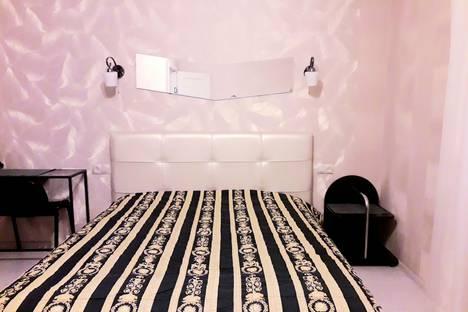 Сдается 3-комнатная квартира посуточно в Санкт-Петербурге, ул. Смоленская , д.18.