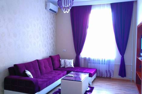 Сдается 2-комнатная квартира посуточно в Баку, Üzeyir Hacıbəyov, 45.