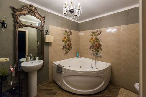 Сдается 1-комнатная квартира посуточно, Приморский бульвар, 57.