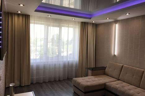 Сдается 2-комнатная квартира посуточно в Белокурихе, советская, 10.
