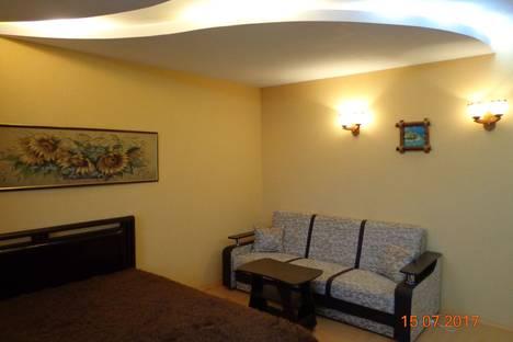Сдается 2-комнатная квартира посуточно в Нижнем Тагиле, Уральский проспект 46.