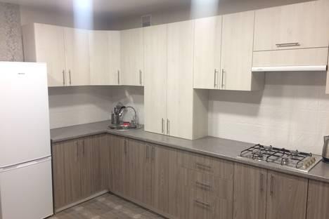Сдается 2-комнатная квартира посуточно в Смоленске, улица Нормандии-Неман, 24.