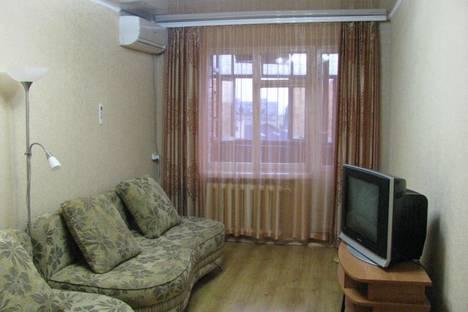 Сдается 1-комнатная квартира посуточно в Таганроге, Комсомольский бульвар, 45.