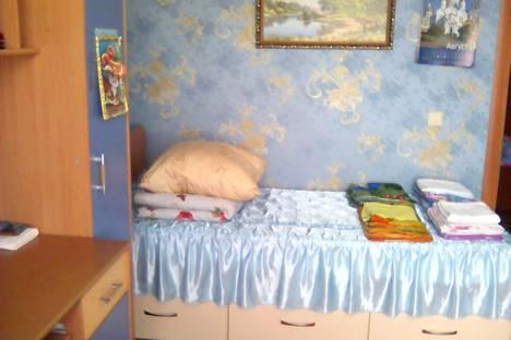 Сдается 2-комнатная квартира посуточно в Дивееве, улица Симанина.
